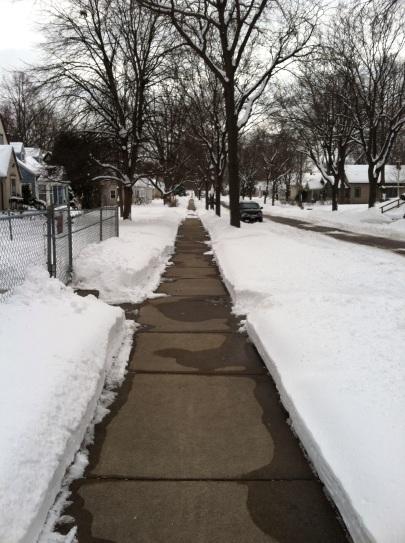 s_mpls_sidewalk.jpg