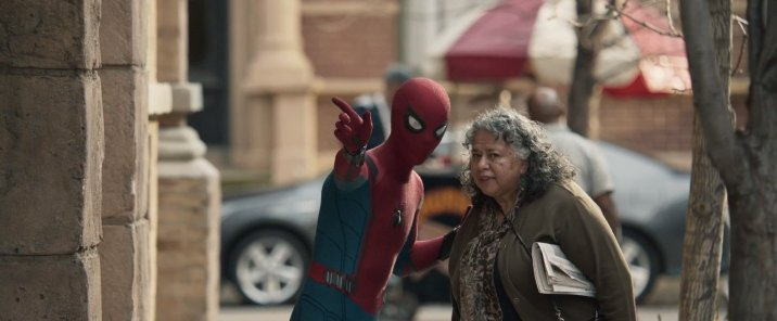 spiderman-homecoming-trailerbreakdown-spidey-oldwoman